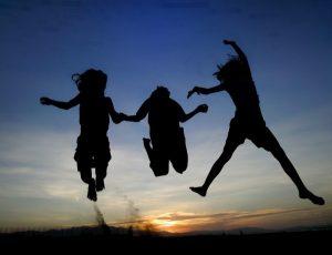 children-jump-silhouette-600x459