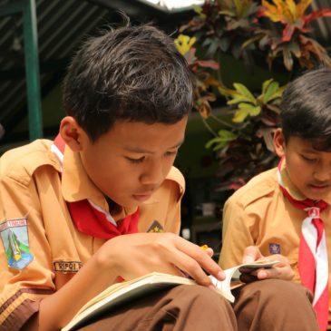 "GPAN Malang Tebarkan ""Virus"" Literasi di SDN 02 Tlogomas"