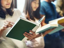 Mirisnya Minat Baca Indonesia