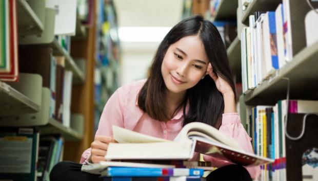 Ada Apa dengan Perempuan, dan Literasi?