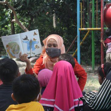 Kembangkan Literasi Anak Melalui Dongeng di Hari Aksara Internasional